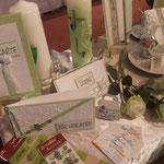 Hochzeitskarten in frischem Grün - sehr gefragt im Frühjahr
