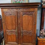Ancienne armoire en chêne nord de la Manche XIXe