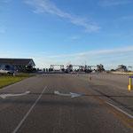 Warten auf die Fähre nach Ocracoke Island! Sind wir die Einzigen?!