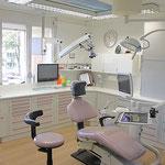 Wurzelbehandlung-Muenchen-moderne-Zahnarzt-Praxis-10