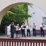 Die Bläsergruppe begrüßt die Gäste