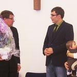Reinhard Jurke überbringt die Glückwünsche der BMV