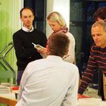 Titus Müller diskutiert und beantwortet die Fragen der Interessenten