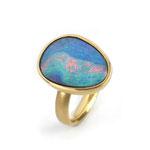 Ring in Gelbgold 750/000 mit tollem Boulder-Opal