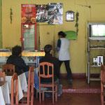 Même perdus dans un petit village, il y a toujours moyen de regarder les matchs de l'équipe de France de foot