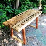Tavolino da salotto in quercia antica, mogano e resina epossidica
