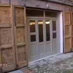 Recupero porte antiche: falegnameria, verniciatura e nuova sede