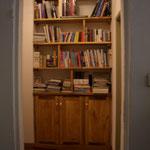 Libreria in noce e pioppo