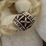 """""""X"""", Perle (hier im Schmuckstück) veredelt mit 925 Sterling Silber, versilbert, 8 x 8 mm, Loch 4,5 mm"""