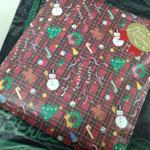 ご寄付で買い足したプレゼント。目覚まし時計が欲しいっていっていたけど、用意できなかった。ならば早く起きることのできる習慣を身に着けてもらおうと『七つの習慣』という本をセレクト。サンタさん(人''▽`)ありがとう☆
