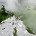 schöne Wasserrillen am Grat