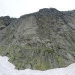 """Gemsplanggen, deutlich links in Platte die """"Mocca"""", rechts im strukturierten Gelände die """"Incredible"""""""