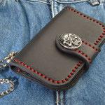 Wallet-Derringer mit Skull Conchos, Komplett Leder, innen und aussen
