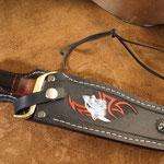 Jagdmesser, Bowiemesser, Damaststahl mit Pakkaholz- Büffelhorngriff