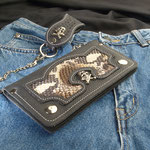 Wallet-Pyton mit 2 Skull Conchos, Komplett Leder, innen und aussen