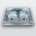 WW-8060B   Кухонная мойка из нержавеющей стали Покрытие:Матовая/Микродекор Размеры: 800х600 мм Толщина стали: 0,6 мм Глубина чаши: 180 мм Размеры чаш: 320х370 мм Расположение чаши: двухчашевая Комплектация: мойка + сифон + уплотнитель + крепления
