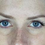 Nachher mit 70 Wimpern pro Auge