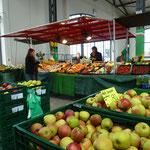 Mobiler Stand in der Markthalle Wismar