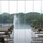 砥部オーベルジュリゾートチャペル ガラス張りで景色が綺麗です。