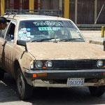 Die Taxifahrer schüzten ihre Autos mit einer Schlammschicht