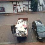 Straße mit Container