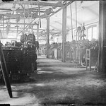 1925. Inside view of a factory in Rovereto (TN).