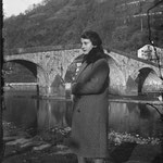 1929-30. Lina grandmother and the Ganda bridge in Morbegno (SO).