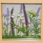 フレームフラワー No0786 ¥4.500 サイズ:W21㎝ D21㎝ H5cm 額に入れた野草のイメージ、お部屋に飾る癒しのインテリアです