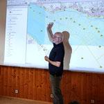 Harald Jacoby informiert über die verschiedenen Zählstrecken am Bodensee