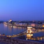 Donau mit Parlament, Budapest - Ungarn