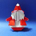 おきあがりサンタ Roly-poly Santa Claus 2019/12/19創作。正方形2枚。 底に重りを入れると起き上がり小法師のようになります。