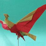 火の鳥 Phenix。1980/9/29創作。直角二等辺三角形2枚。