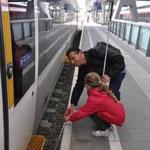 Wo ist die Bahnsteigkante?