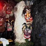 Die Masken und Felle