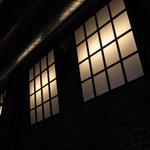 industriefensterreihen imitat für die kunstwerk-eventhalle