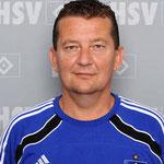 Zeugwart/Busfahrer Miroslav Zadach