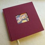 Hochzeits-Gästebuch mit Ausschnitt