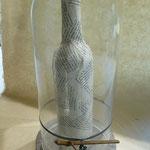 Weinflasche aus Papier... - Objekt