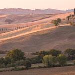 tuscany awakes