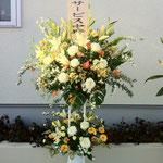白パイプスタンド花二段 15,000円税別、豊川市