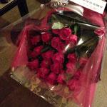 大人ピンクのバラの花束10,000円税別。