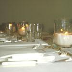 Tischdeko für ein Abendessen
