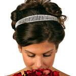 chongo alto de novia con tiara