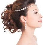 peinado de novia con bandida de diamantes