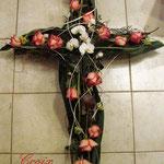 Croix reconstituée