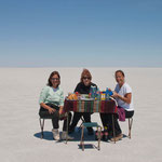 Magaly, Nan and Maryse Lunch on the Salar de Uyuni