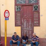 Waiting, Trinidad de Cuba