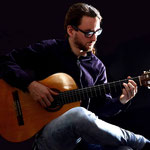 Max Hattwich / Gitarre & Theorbe