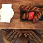 イグレックのパンは自家製です!シェフが毎朝心を込めて焼き上げております。