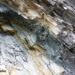 Pyrit im Schiefer - Strahlen Graubünden Schweiz